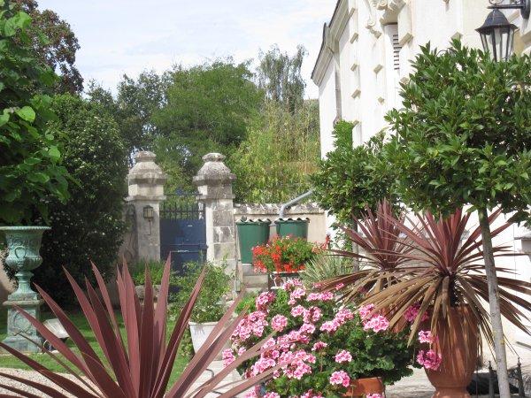 garden Manoir de Gourin Saumur Loire Valley