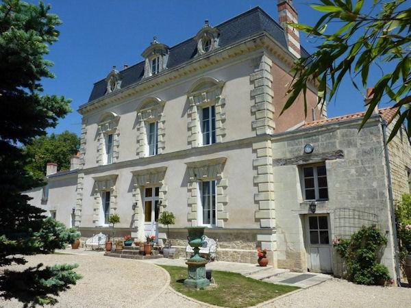 Manoir de Gourin Saumur Loire Wine Tours